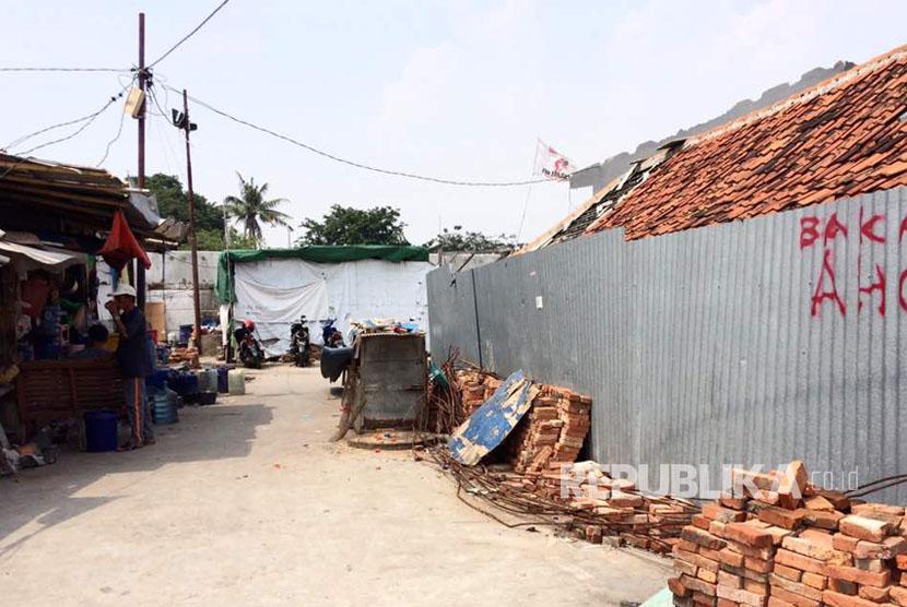 Kondisi Kampung Akuarium pasca penggusuran setahun silam, masih akan ditertibkan kembali oleh Pemprov DKI.