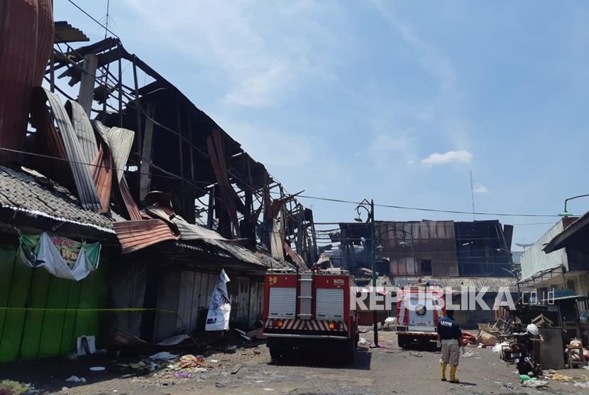 Kondisi Pasar Legi di Solo, Selasa (30/10)  pascakebakaran pada Senin (29/10) sore.