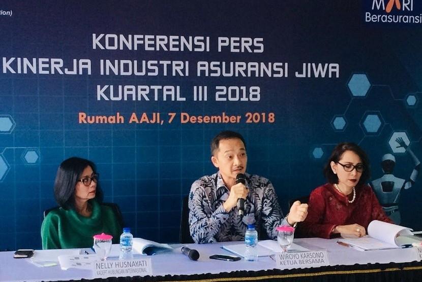 Konferensi Pers AAJI, Jumat (7/12) di Jakarta.