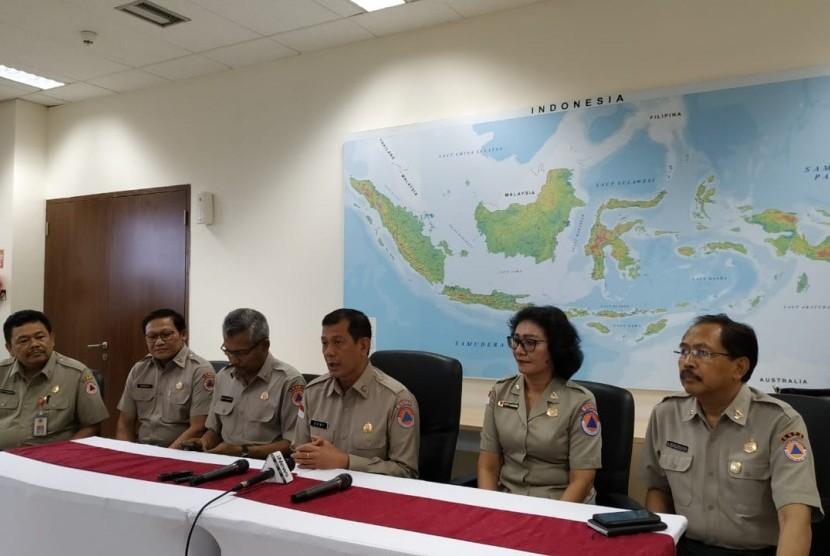 Konferensi Pers Badan Nasional Penanggulangan Bencana (BNPB) di IPSC, Sentul, Bogor, Jumat (25/1).