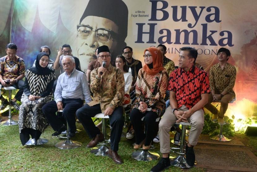 Konferensi pers film Buya Hamka, Senin (25/3), di Jakarta. Buya Hamka akan mulai syuting April 2019.