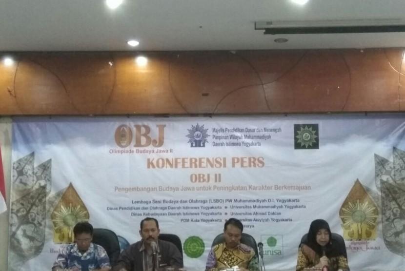 Konferensi pers rencana kegiatan Olimpiade Budaya Jawa.