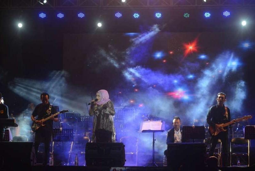 Konser Amal Orkestra Kidung Etnosia