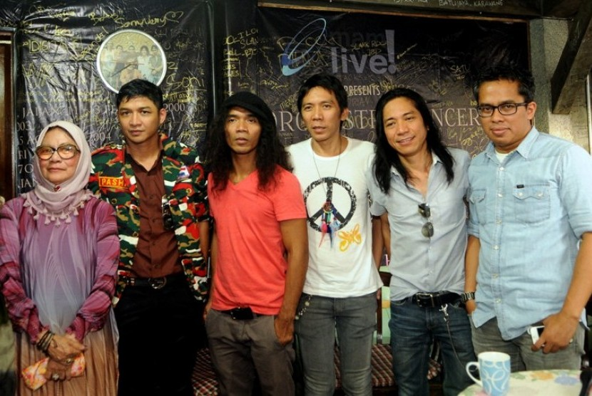 Konser Amal Slank bersama musisi lain yang digelar KOIN