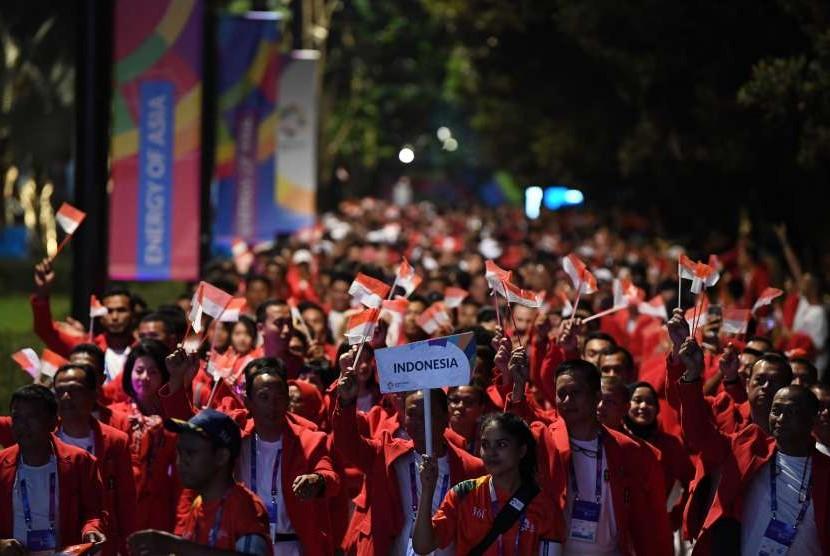 Kontingen Indonesia bersiap mengikuti Upacara Pembukaan Asian Games ke-18 Tahun 2018 di Stadion Utama GBK, Jakarta, Sabtu (18/8).