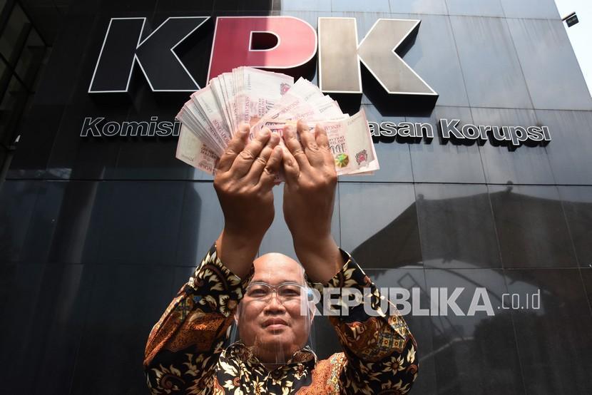 Koordinator Masyarakat Anti Korupsi Indonesia (MAKI) Boyamin Saiman