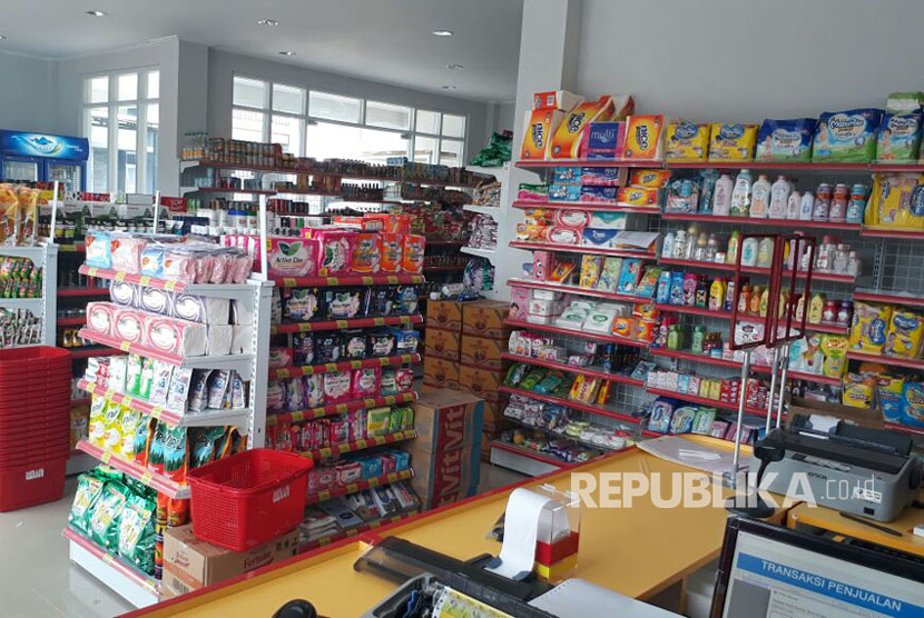 Koperasi Syariah 212  meluncurkan minimarket bernama 'Kita Mart' di daerah Jati Asih, Bekasi, Jawa Barat, Rabu (29/3).