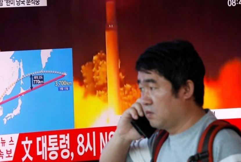 Korea Utara kembali meluncurkan rudal balistik setelah berhenti melakukannya sejak yang terakhir kali 15 September 2017.