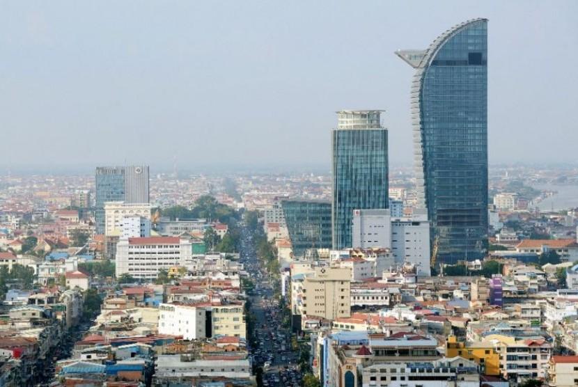Kota Phnom Penh di Kamboja.