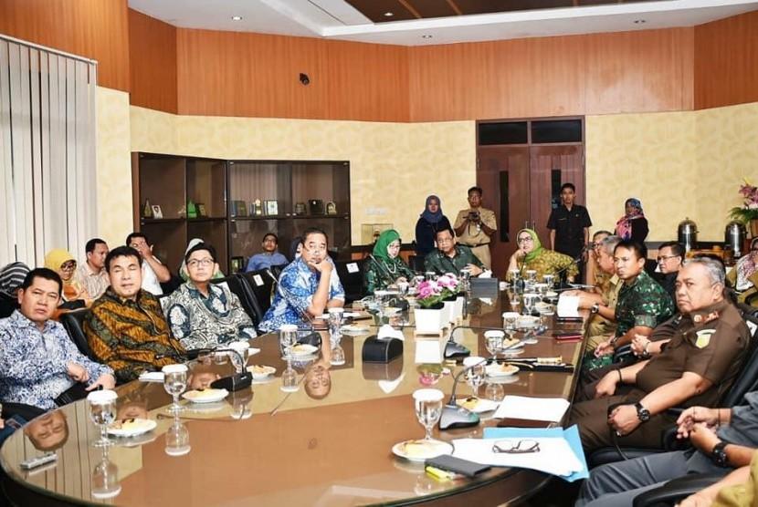 Kunjungan Bupati Bogor, Ade Yasin ke Komisi X DPR RI, Selasa (22/1).