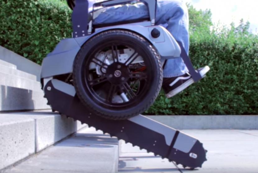 65 Koleksi Kursi Roda Yang Bisa Naik Tangga HD