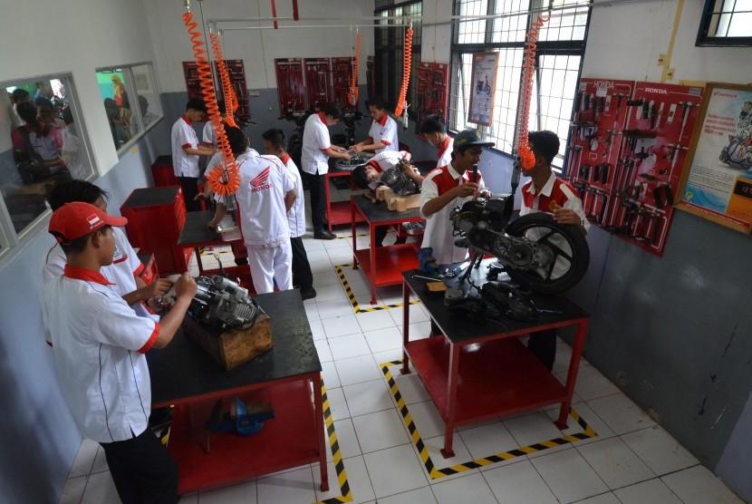 Laboratorium Honda