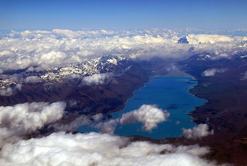 Lake Pukakai atau Danau Pukaki di Selandia Baru.