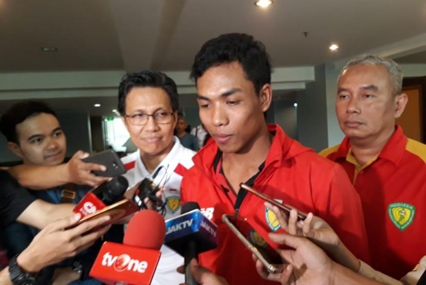 Lalu Muhammad Zohri saat menjalani sesi wawancara bersama awak media di Hotel Century, Jakarta, Kamis (19/7).