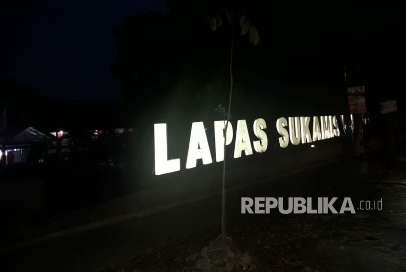 Lapas Sukamiskin, Arcamanik, Bandung pada Ahad (22/7) terpantau sepi.