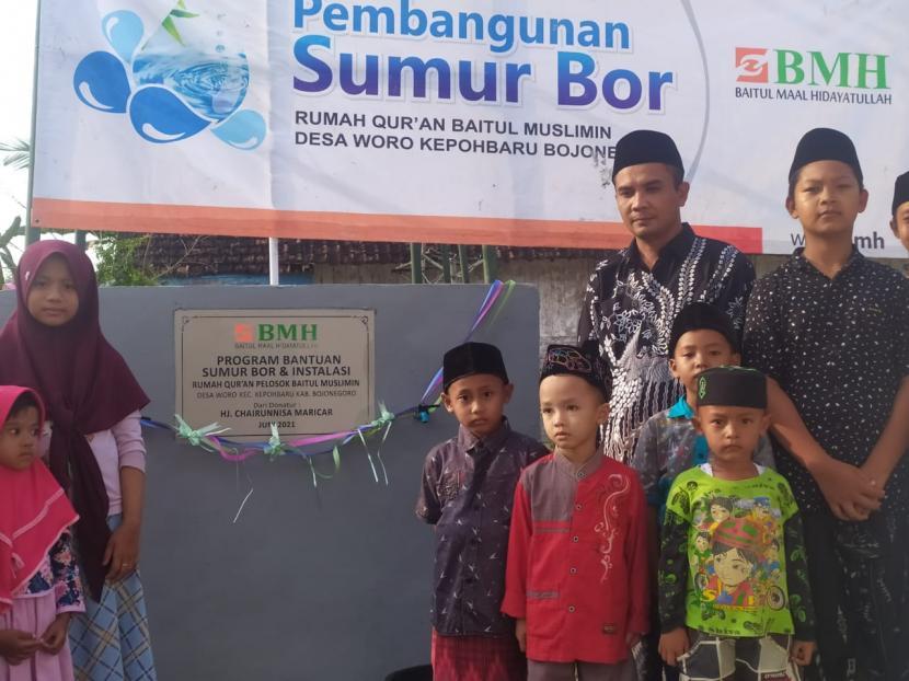 Laznas BMH telah membagun sumur bor di 65 titik lokasi terdampak kekeringan di Jawa Timur.