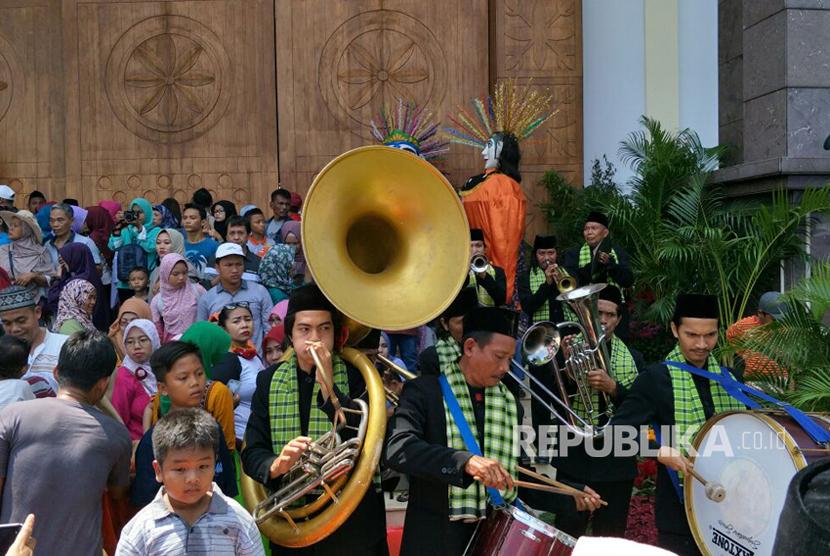 Lebaran betawi 2017 di Perkampungan Budaya Betawi Setu Babakan, Ahad (30/7)