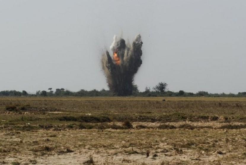 Ledakan di ladang ranjau (ilustrasi)