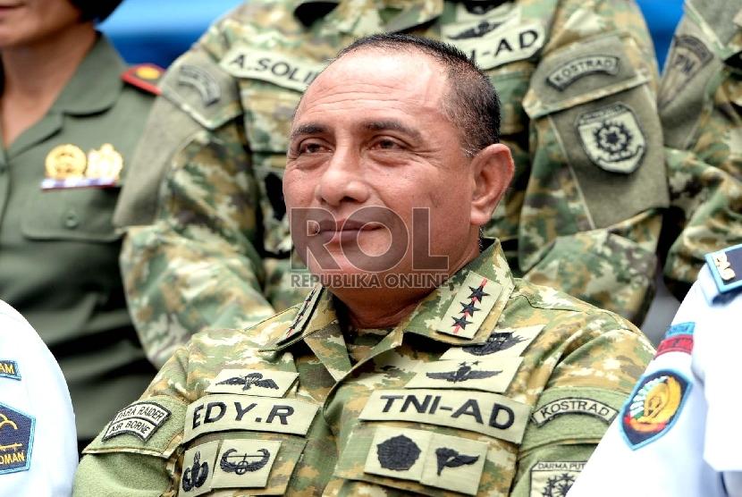 Letnan Jenderal TNI Edy Rahmayadi - Panglima Kostrad