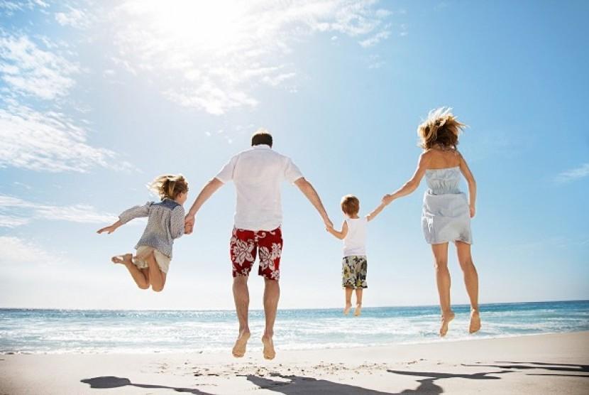 Liburan bersama keluarga (Ilustrasi)