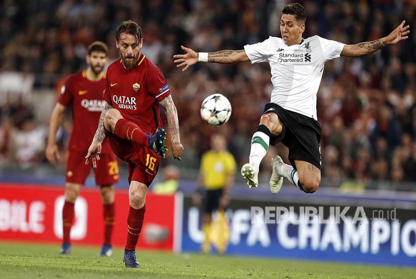 Liverpool berhasil melangkah ke partai final Liga Champions musim 2017/2018, meski kalah 2-4 dari AS Roma di Stadion Olimpico, Rabu (3/5).