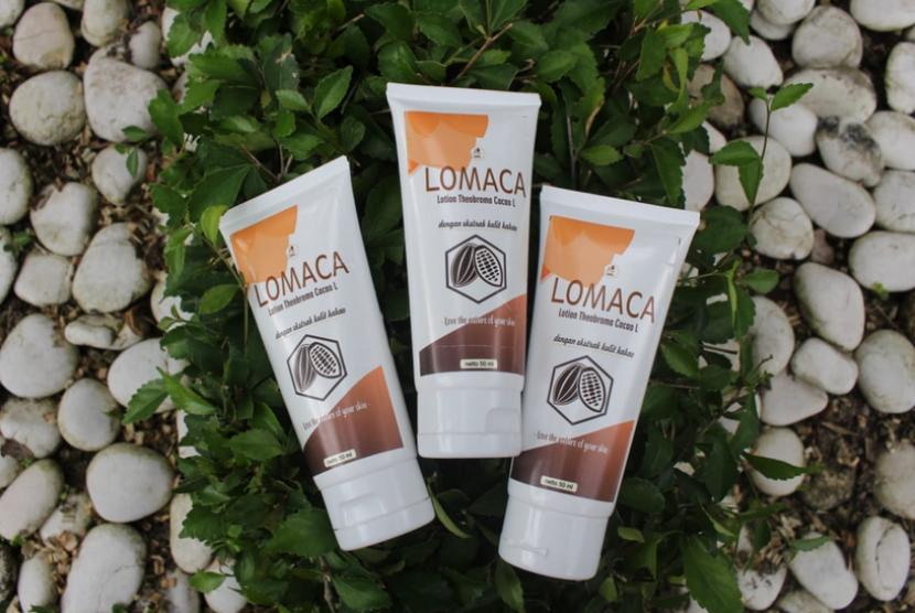 Lomaca, pelembap kulit berbahan dasar kulit kakao yang  dikembangkan sekelompok mahasiswa Universitas Negeri Yogyakarta.