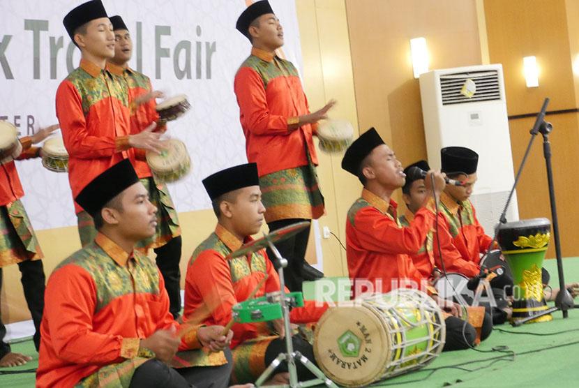 Lomba Marawis Meriahkan Lombok Umrah dan Haji Expo 2018 di Kompleks Islamic Center Nusa Tenggara Barat (NTB), Kota Mataram, Provinsi NTB, Sabtu (19/5).