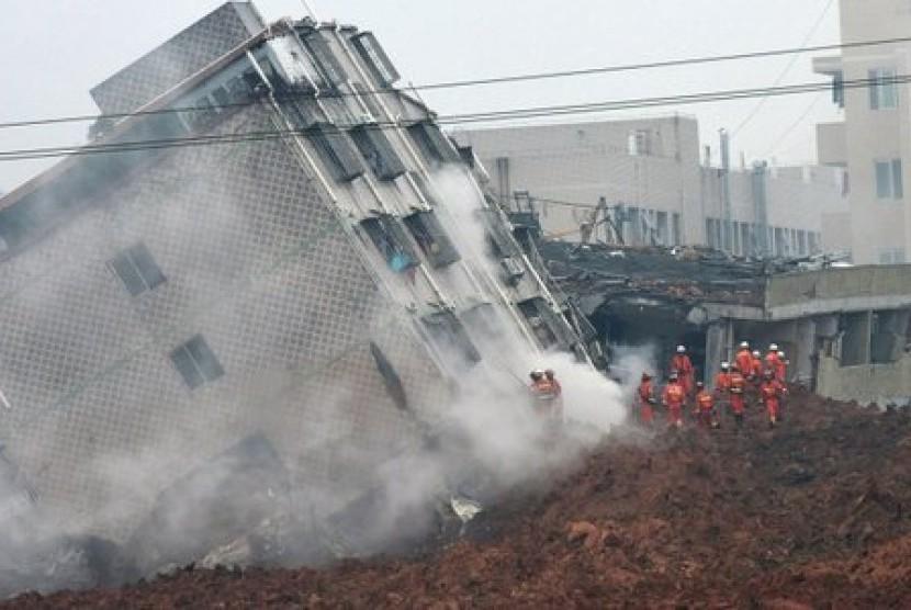 longsor di kota Shenzhen, Cina selatan
