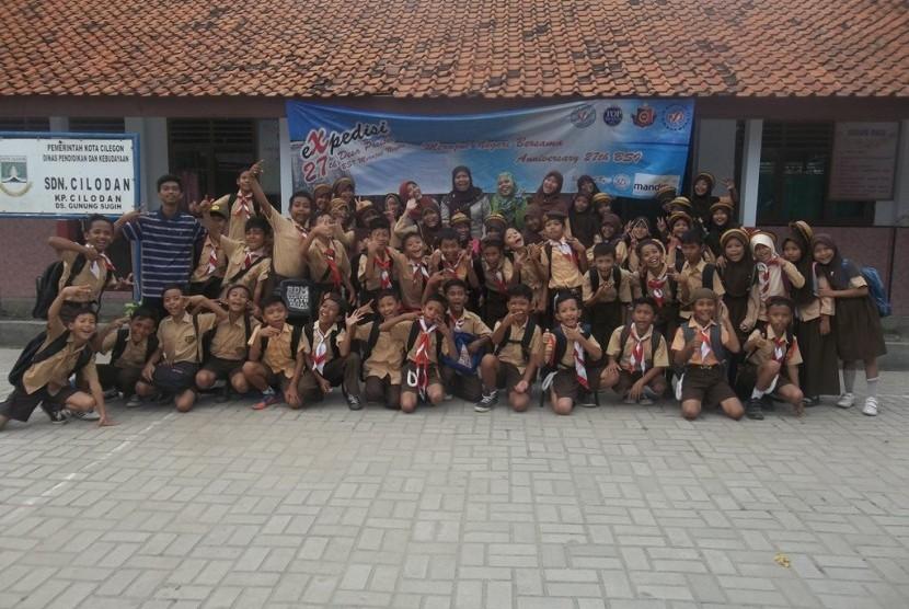 Mahasiswa BSI melakukan ekspedisi di 27 desa pesisir pada tahun 2016.