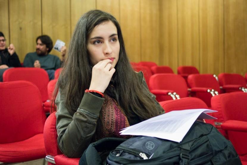 Mahasiswa di kampus