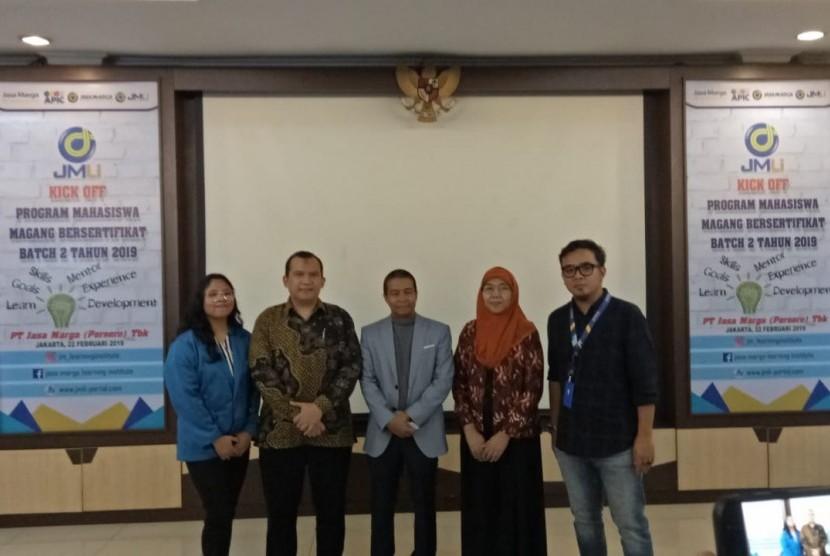 Mahasiswa Program Studi Hubungan Masyarakat UBSI diterima magang di PT Jasa Marga.