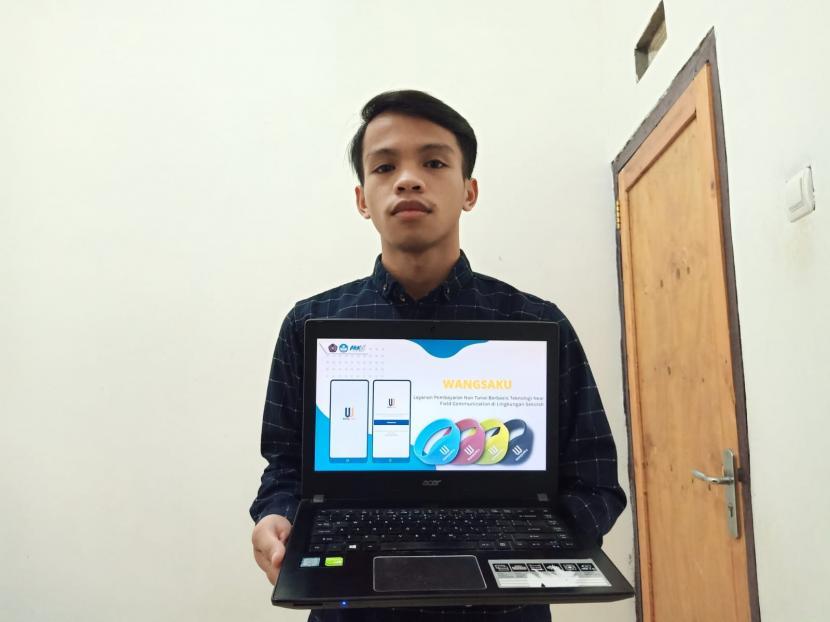 Mahasiswa Universitas Muhammadiyah Malang (UMM) merancang layanan uang elektronik bernama WangsakuSejumlah mahasiswa Universitas Muhammadiyah Malang (UMM) merancang layanan uang elektronik bernama Wangsaku. Inovasi ini telah diikutsertakan dalam Pekan Kreativitas Mahasiswa bidang Kewirausahaan (PKM-K) dan berhasil lolos tahap pendanaan Kementerian Riset, Teknologi, dan Pendidikan Tinggi (Kemenristekdikti) pada Mei lalu.