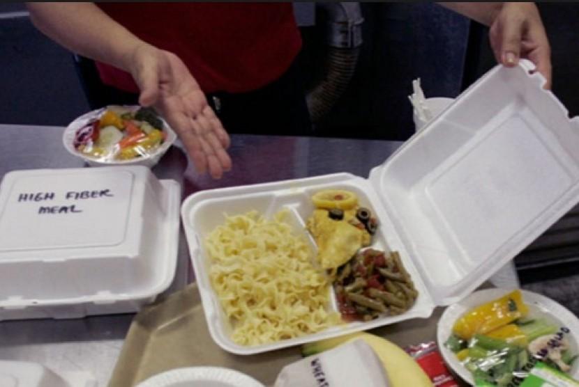 Makan dalam kemasan styrofoam