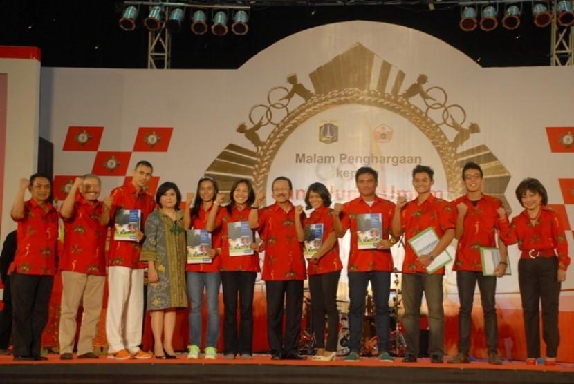 Malam penghargaan Atlet PON DKI Jakarta oleh Gubernur Fauzi Bowo Kamis (27/9)