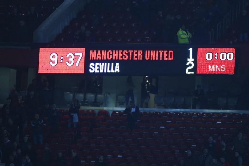 Manchester United vs Sevilla.