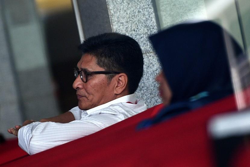 Mantan anggota DPR, Mirwan Amir dalam suatu pemeriksaan di gedung KPK, Jakarta.
