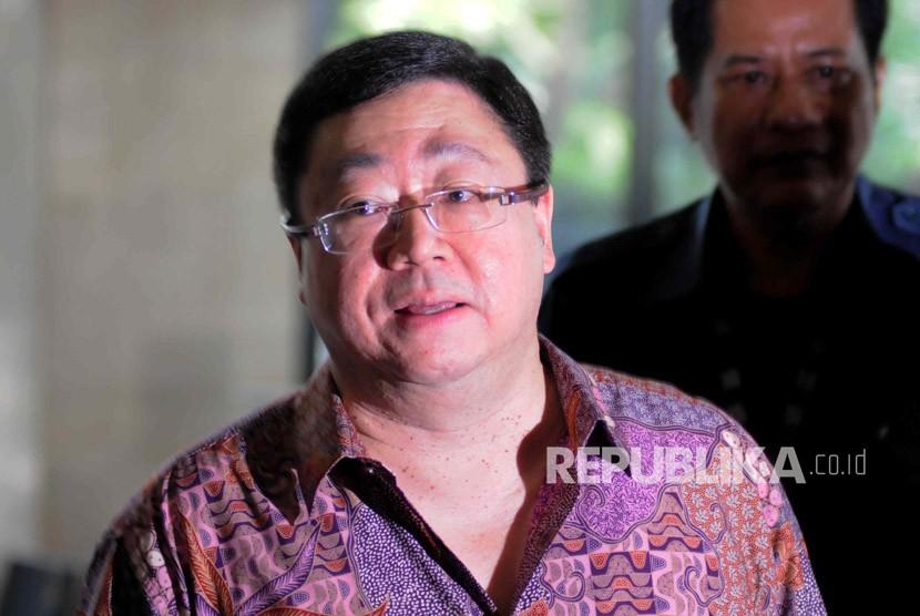 Mantan Direktur Utama PT Century Mega Investindo Robert Tantular