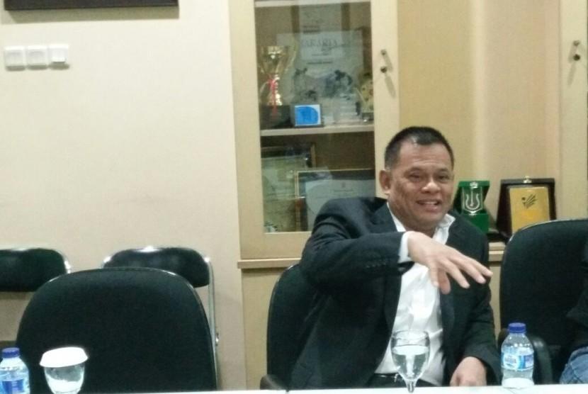 Mantan Panglima TNI Jenderal Gatot Nurmantyo mengunjungi kantor Republika, Rabu (28/3) sore.