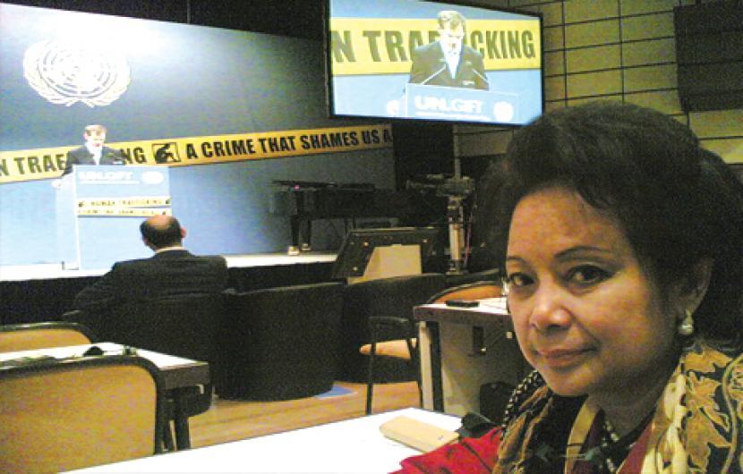 Penyiar TVRI Inke Maris Kritis di Rumah Sakit   Republika ...