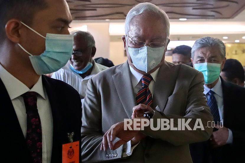 Najib Razak Divonis 12 Tahun Penjara Republika Online