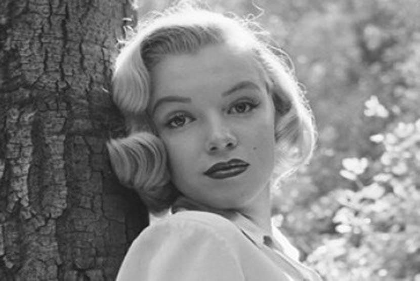 Film biopik Marilyn Monroe 'Blonde' akan dibintangi aktris Ana de Armas.