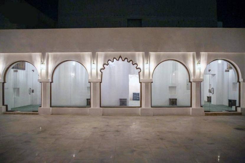 Masjid Abad Ketiga Belas Kembali Dibuka usai Renovasi