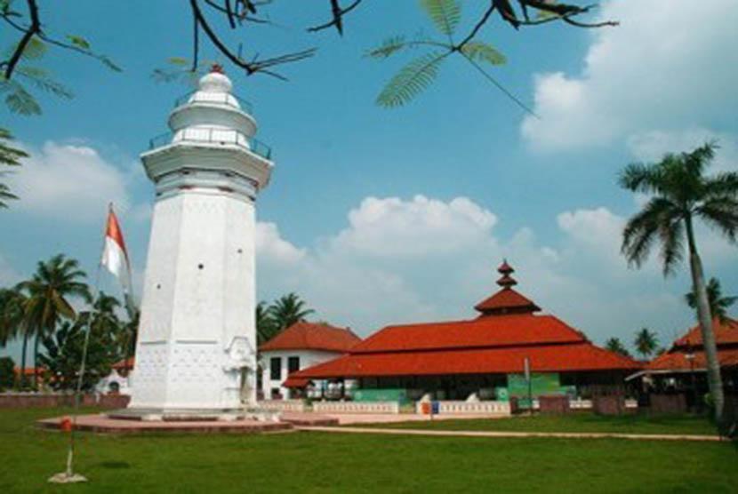 Keunikan Masjid Agung Banten | Republika Online