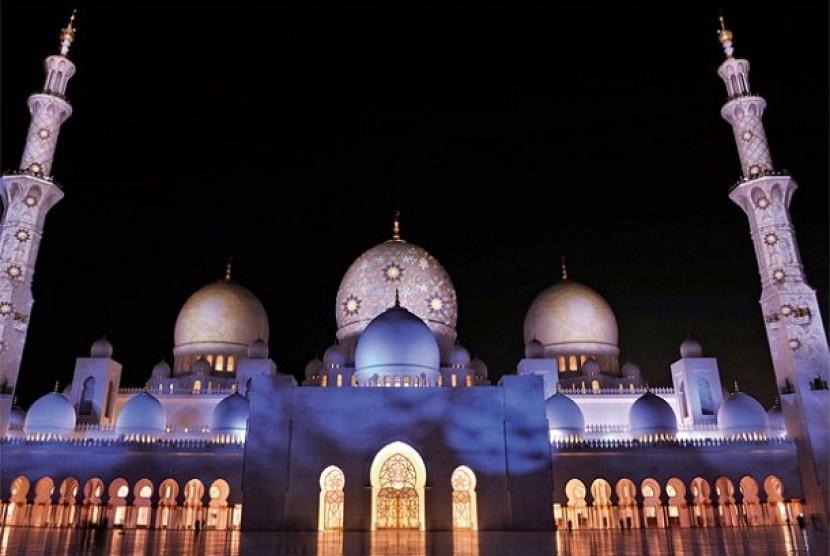 Masjid Agung Shaikh Zayed.