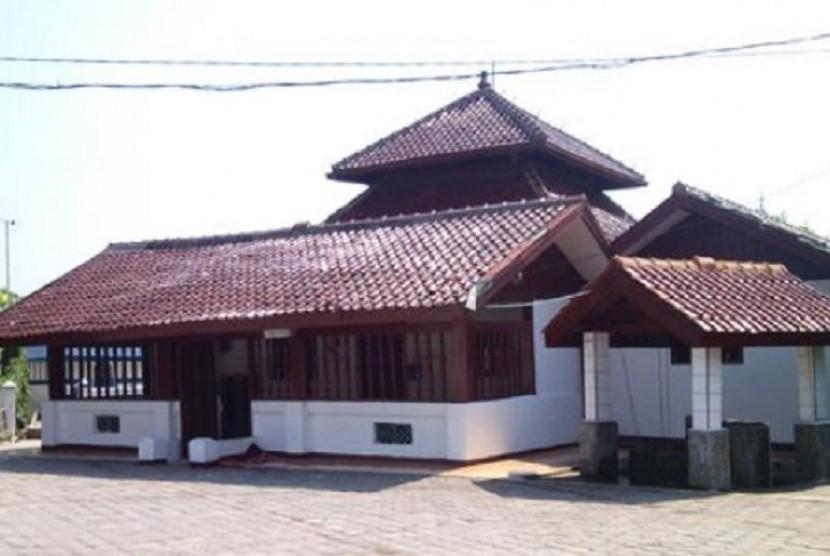 Masjid al-Alam Marunda.