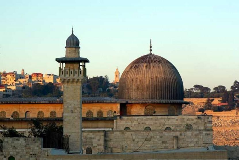 Masjid al-Aqsa, Masjid Kedua yang Dibangun di Bumi | Republika Online