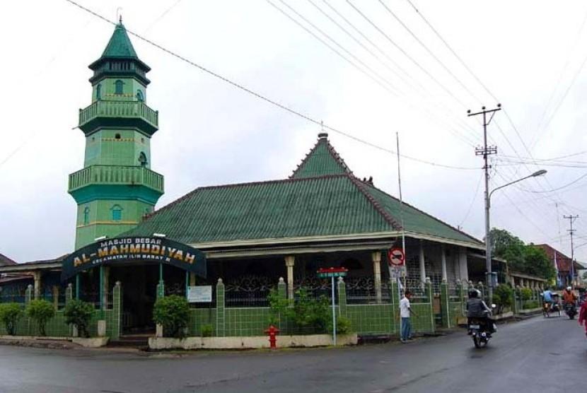 Masjid Besar Al-Mahmudiyah Palembang.
