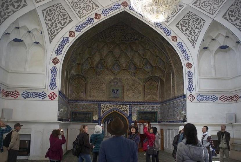 Masjid Bolo Hauz, Bukhara