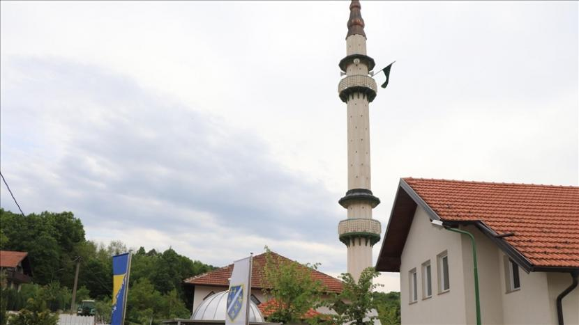 Menara Masjid Jasikovac yang Kembali Berdiri Megah