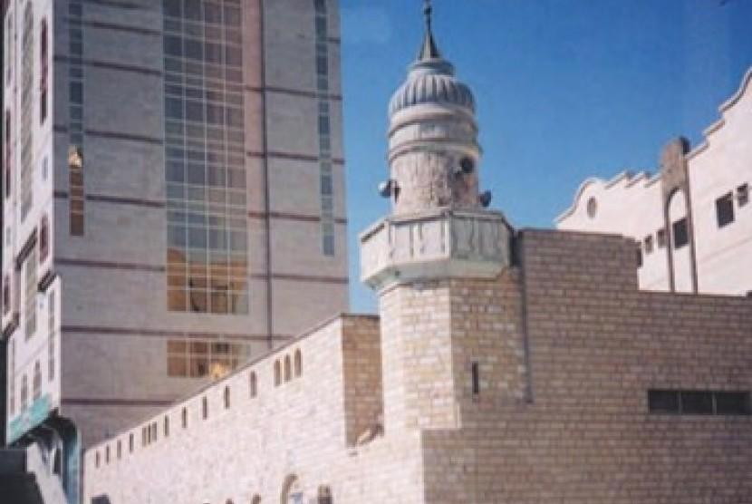 Masjid Jin, Tempat Berimannya Para Jin